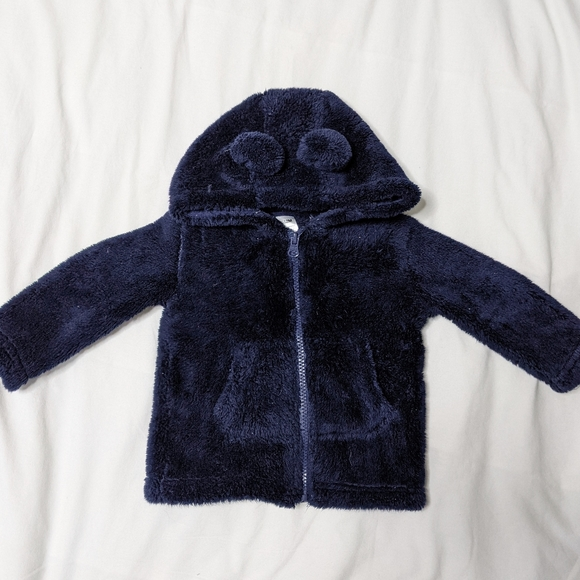 6-12M Fuzzy zip-up hoodie with bear ears